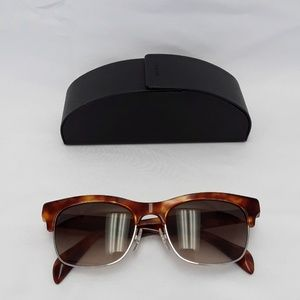Almost new Prada SPR 11P 54-19 Sunglasses